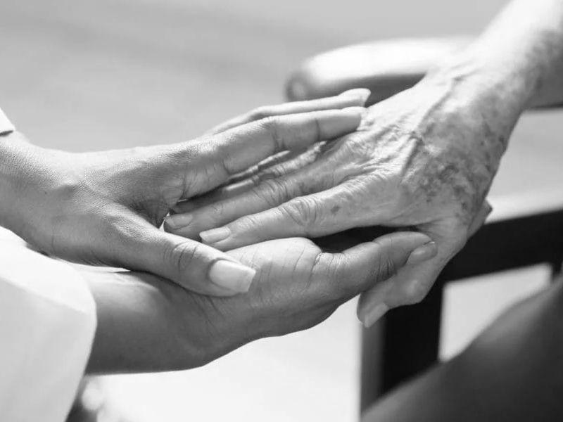 Cuidados-paliativos-en-el-hogar-¿Cómo-afrontar-la-situación Cuidados paliativos en el hogar ¿Cómo afrontar la situación?