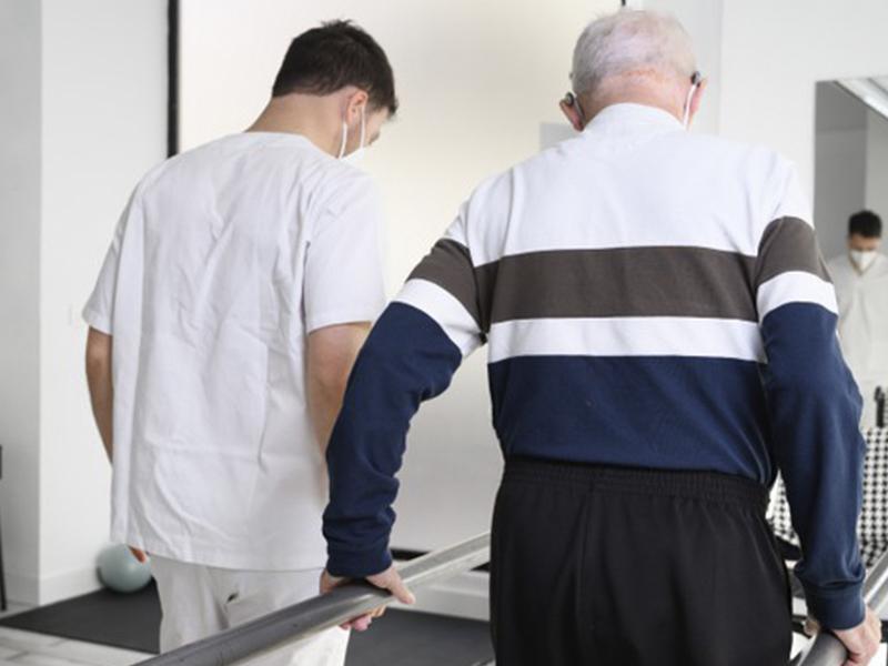 Beneficios-de-la-fisioterapia-en-personas-mayores Beneficios de la fisioterapia en personas mayores ¿Cómo funciona?